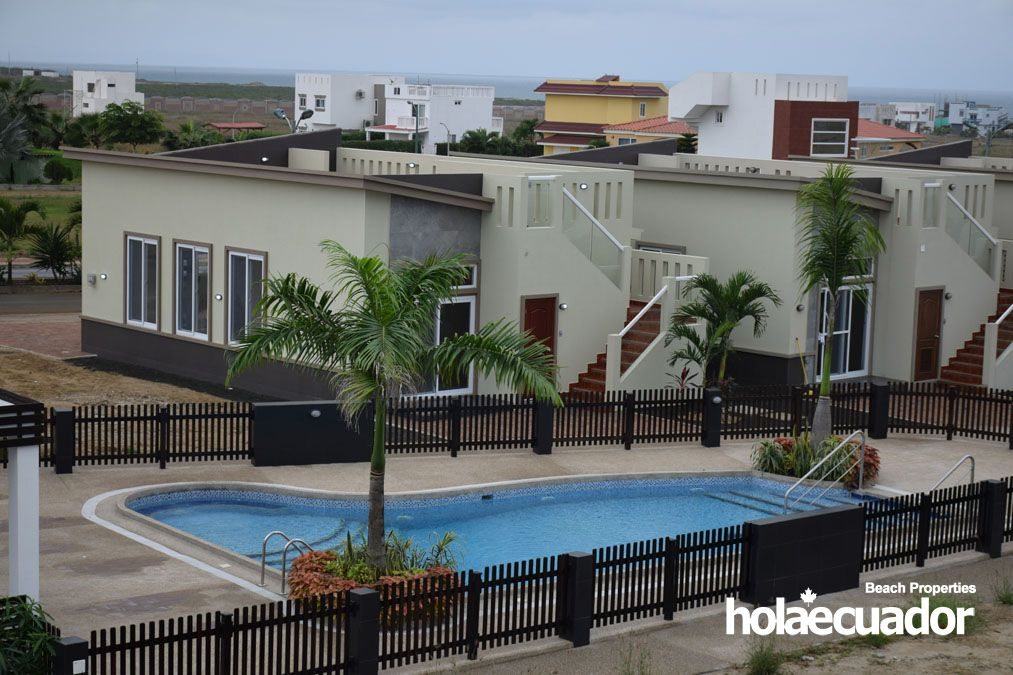 ecuador-homes_las-palmeras_view3