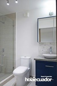 ecuador-home_custom_bathroom_b-28a-15_2