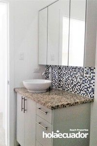ecuador-house_custom-bathroom_c-46-5_0