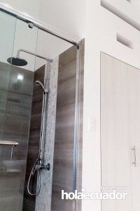 ecuador-house_custom-bathroom_c-46-5_2