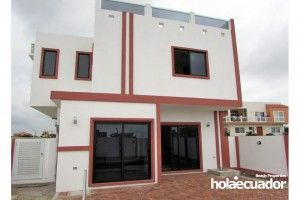 ecuador-house_custom_ext_a-15-2_1
