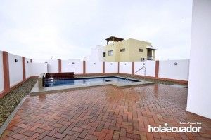 ecuador-house_custom_ext_a-15-2_2