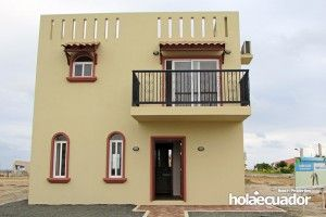 ecuador-house_custom_ext_b-19a-2_1