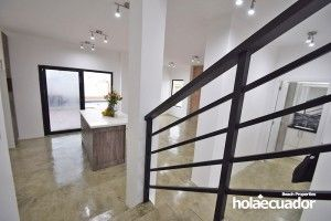 ecuador-house_custom_living_a-15-2_3