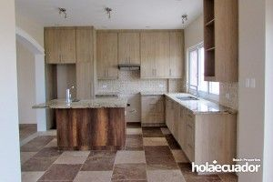 ecuador-house_custom_living_b-19a-2_2
