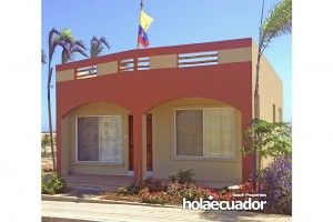 ecuador-houses_custom_ext_c-53-29